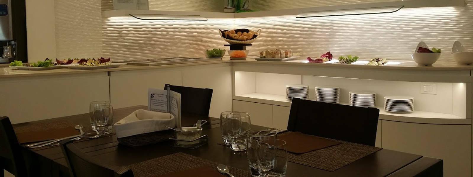 buffet hotel ombretta mare tavolo